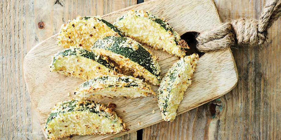Gegrilde courgettes met dragon-dipsaus