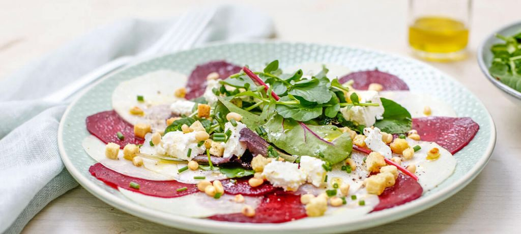 Carpaccio de chou-rave et betterave rouge